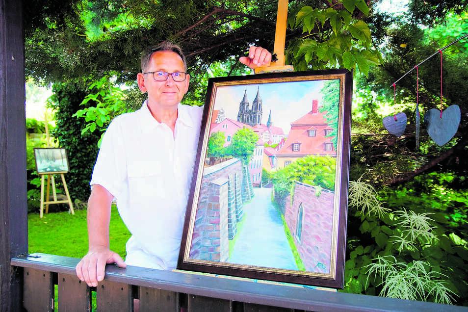 Der Gauernitzer Andreas Fröhlich, Dachdecker und Berufsschullehrer, hat sein Talent als Maler wieder entdeckt. Wie lange er seiner Leidenschaft noch nachgehen kann, ist fraglich. Bis seine Hände versagen, will er noch ganz viel schaffen.