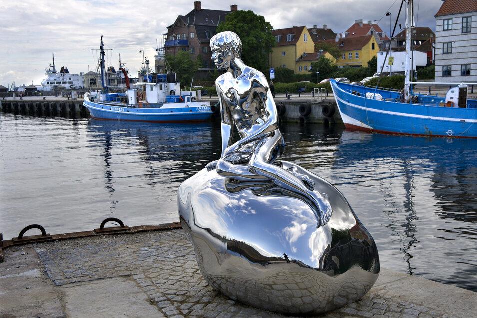 """Kopenhagen hat die """"Kleine Meerjungfrau"""", das dänische Helsingör weiter im Norden seit 2012 die Skulptur """"Han"""" – gegossen in Pirna."""