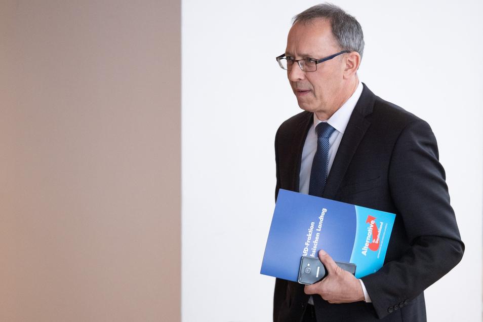 Der sächsische AfD-Parteichef Jörg Urban will im Streit um gespeicherte Daten vor das Verwaltungsgericht ziehen.