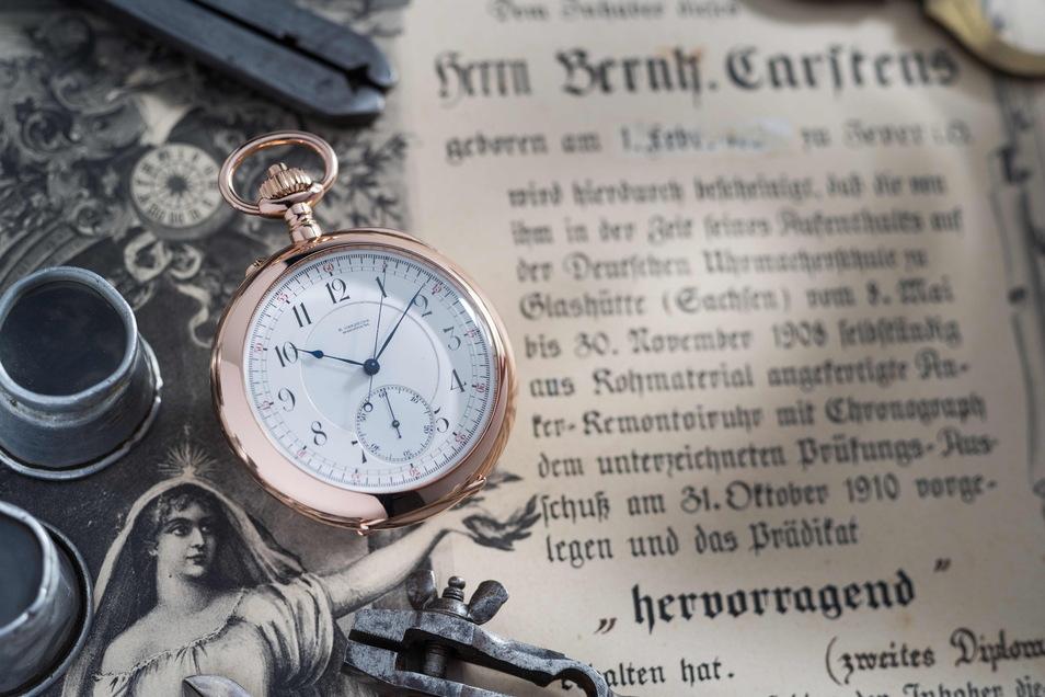 Erstmals in der über 175-jährigen Geschichte der Glashütter Uhren soll deren Herstellung rechtlich geschützt werden. Doch noch wird um die Formulierung gestritten.