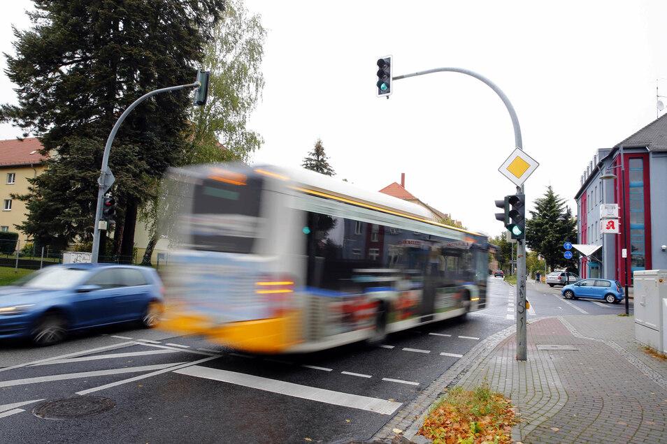 Kamenz, Macherstraße: Auf der Kamenzer Macherstraße gab es im letzten Jahr gleich sechs Unfälle. Dabei kracht es besonders an der Kreuzung zur Saarstraße. Schwer verletzt wurde bei den Unfällen aber niemand.
