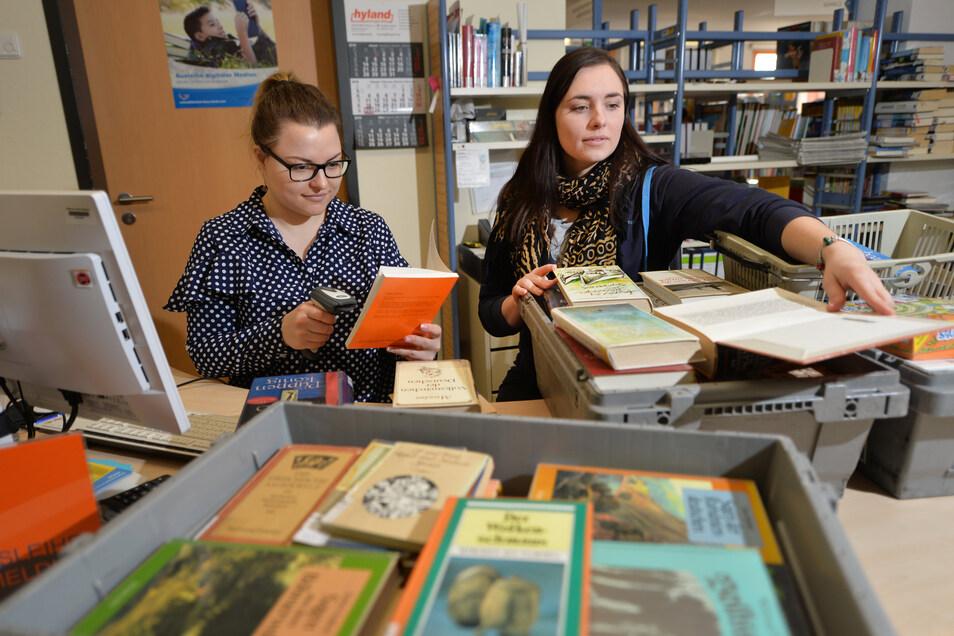 Gute Nachricht für Leseratten und die Hüter der Bücher: Am Montag öffnen Bibliotheken wieder.