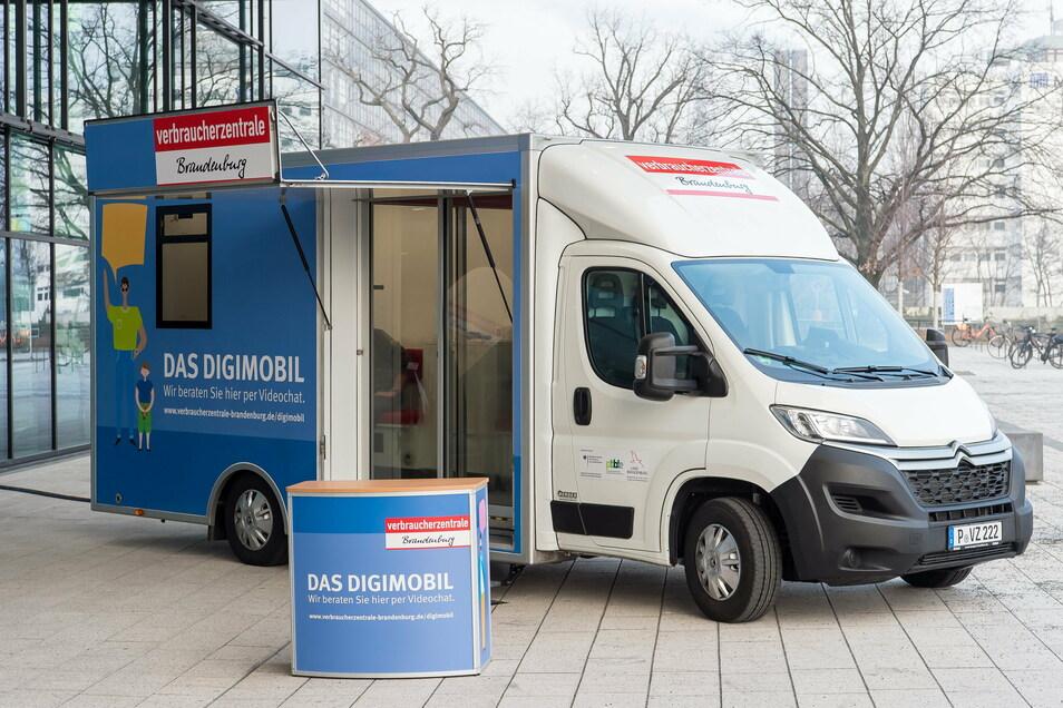 Gibt's in Brandenburg schon, fährt bald auch durch Sachsen: das Digimobil.