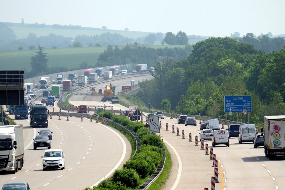 Wegen häufiger Staus auf der Autobahn 4 herrscht oft Verkehrschaos in den umliegenden Ortschaften.