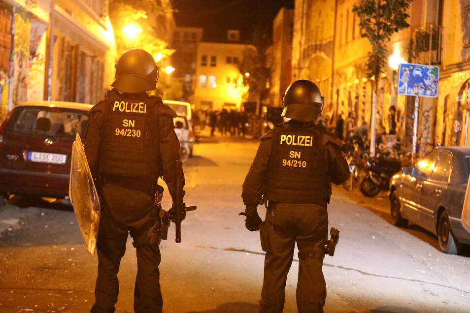 In Connewitz gibt es immer wieder Ausschreitungen zwischen Autonomen und der Polizei.