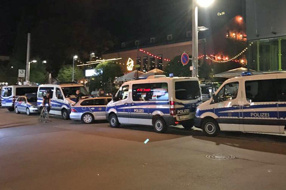 Einmal mehr musste die Polizei am Wochenende in die Neustadt ausrücken.