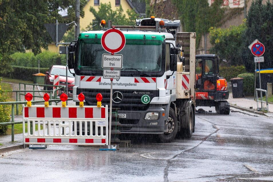 Die Talmühlenstraße in Tharandt Richtung Hartha ist derzeit wegen Bauarbeiten gesperrt. Eine Umleitung ist ausgeschildert.