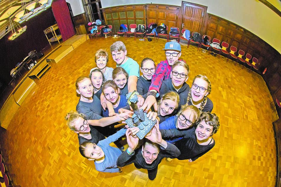 Das Nieskyer Gymnasium hat viele Angebote und die neuen Fünftklässler viele Möglichkeiten: zum Beispiel bei den preisgekrönten Eleven mitzuspielen.