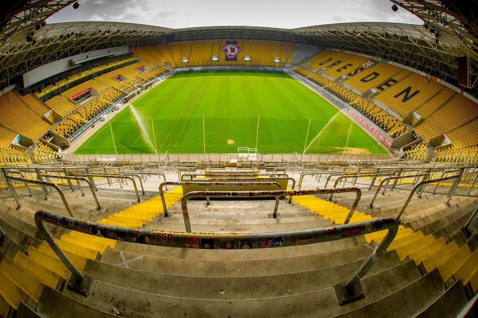 Ab diesem Samstag können Fußballfans die EM-Spiele auch im Dresdner Rudolf-Harbig-Stadion verfolgen. IM VIP-Bereich haben bis zu 500 Zuschauer Platz.