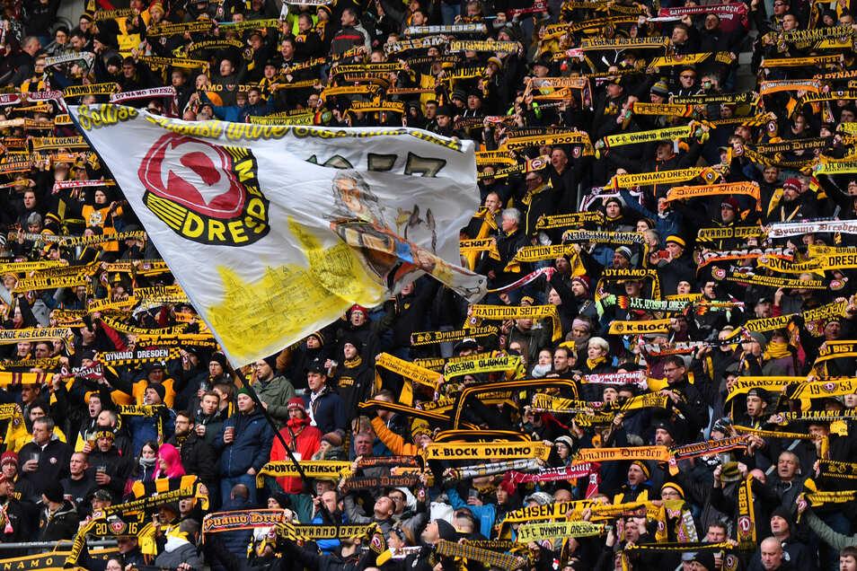 Auf die Unterstützung der Fans wird es auch ankommen. Doch immer, wenn es besonders schlecht um Dynamo steht, ist auf sie Verlass.