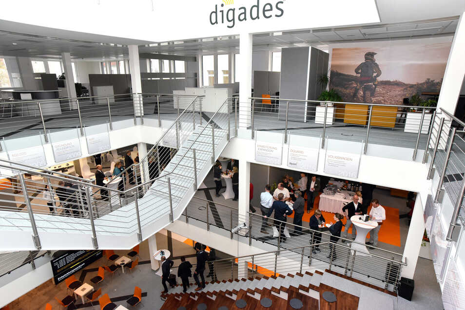 Das neue Entwicklungszentrum der Zittauer Firma Digades bietet eine moderne, offene und helle Atmosphäre.