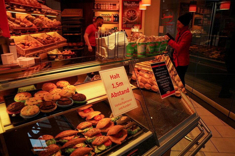 Die Corona-Krise hat wohnortnahen Bäckereien nicht geschadet, wohl aber Filialen an üblicherweise gut frequentierten Orten.