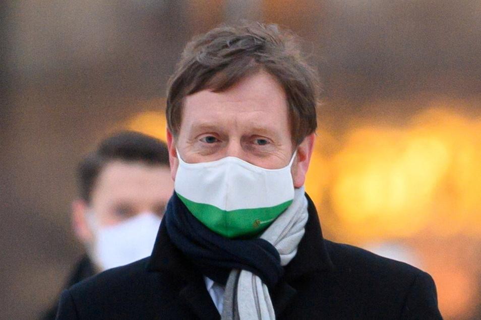 Michael Kretschmer (CDU), Ministerpräsident von Sachsen, hat Fehler bei der Bewältigung der Corona-Pandemie eingeräumt.