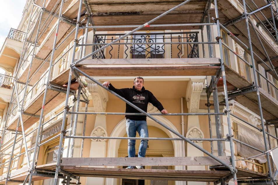 Burkhard Kämmerer, Inhaber des Hotels Silesia auf der Biesnitzer Straße in Görlitz, nutzt die Corona-Zeit, um sein Hotel weiter zu sanieren.