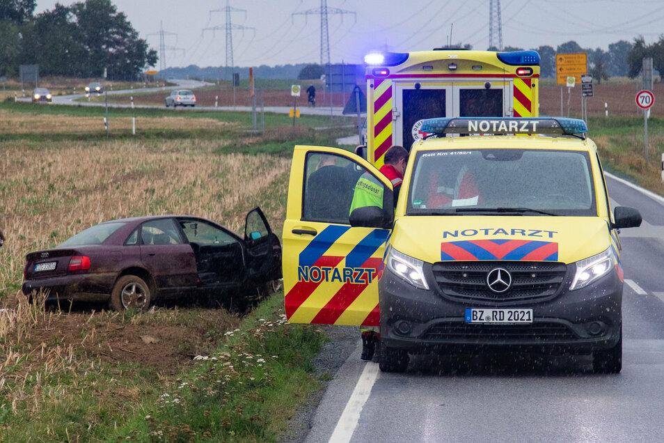 Bei einem Unfall nahe Uhyst wurde am Sonntag eine Frau verletzt.