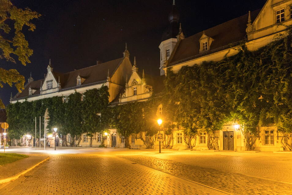 Am Rathausplatz in Riesa soll zur Earth Night am 7. September das Licht ausgehen - und nicht nur da.