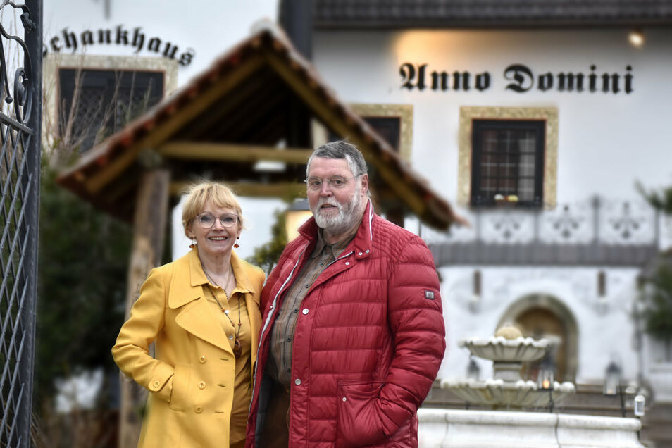 """Jutta und Bernd Zichner kennen viele Dresdner von ihrem Restaurant """"Anno Domini"""", das sie 1994 in Klotzsche eröffneten. Vorher gab es auf dem Hof allerdings schon eine Pizzeria."""