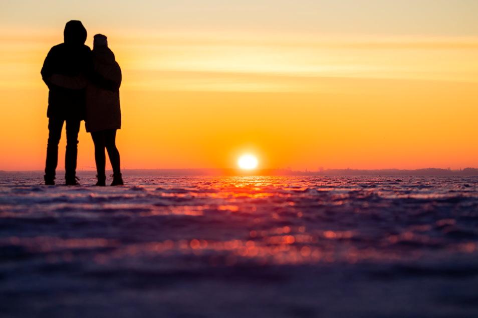 Mit mehr als 175 Stunden überschritt die Sonnenscheindauer im Winter 2020/21 ihr Soll von 153 Stunden im Vergleich zur Periode 1961 bis 1990 deutlich.
