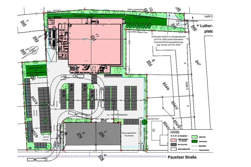 Die Zeichnung zeigt den geplanten Edeka-Markt mit vorgelagertem Backshop (rot). Auf der Fläche vor dem Markt soll es Parkplätze geben. Links neben dem Nordpfeil soll sich der Bereich mit den Fitnessgeräten befinden.