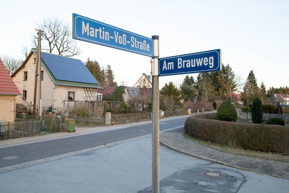 Der Technische Ausschuss der Stadt Niesky hat entschieden, dass die Martin-Voß-Straße in diesem Jahr verbreitert wird. Eine Forderung der Seer, die schon seit drei Jahren besteht.