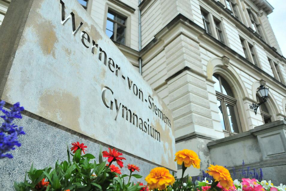 Das Großenhainer Werner-von-Siemens-Gymnasium ist empfangsbereit. Ab Montag werden die Schüler hier wieder ganz regulär unterrichtet.