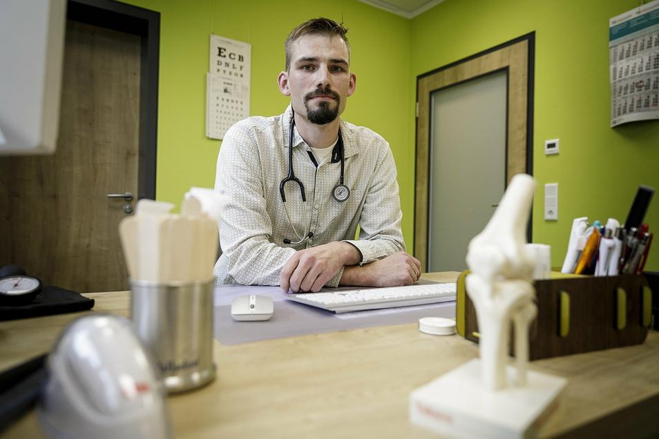 Dr. Leonhard Großmann ist Allgemeinarzt in Görlitz. Die Abeitsbelastung in den Praxen ist derzeit enorm.