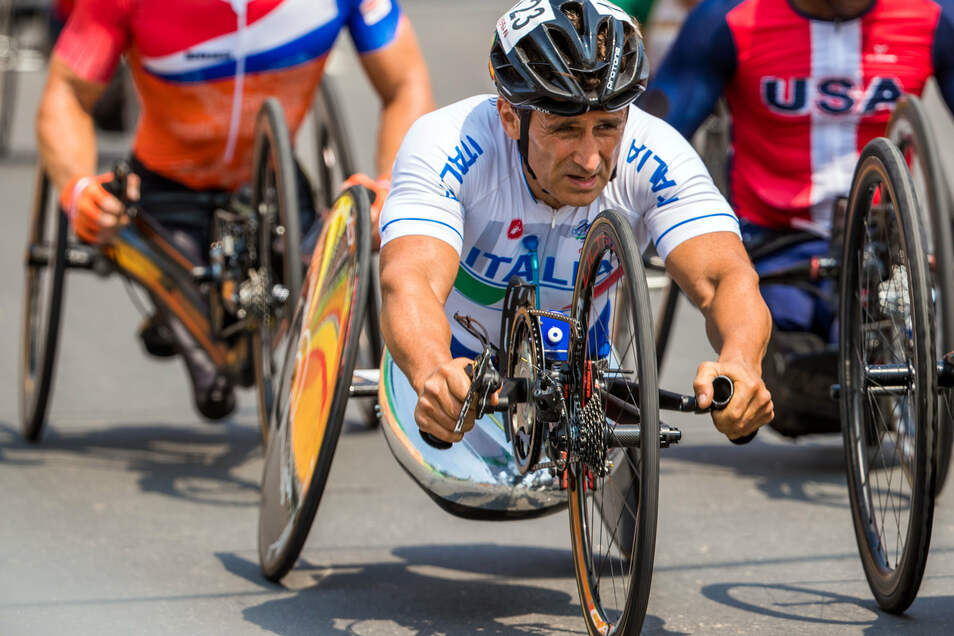 Alessandro Zanardi lebt auch als Handbiker gefährlich.