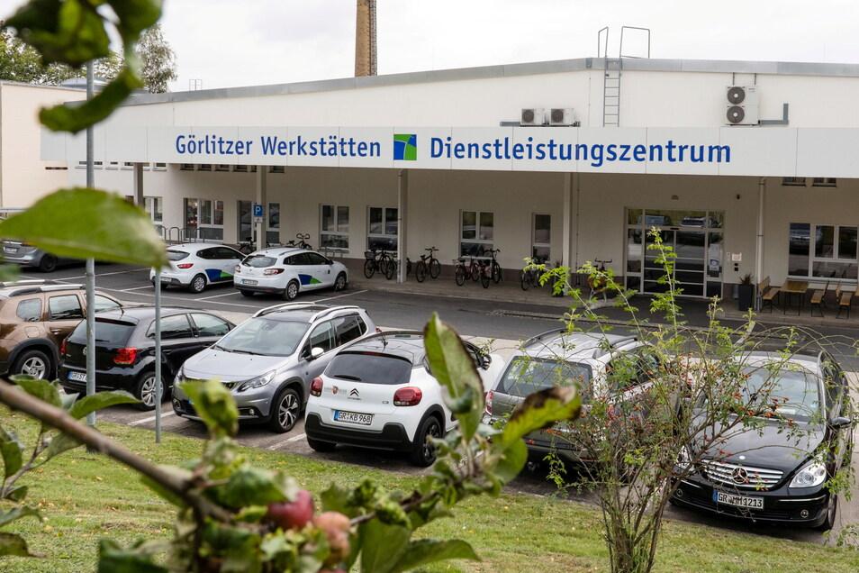 Auf der Friedrich-Engels-Straße im Görlitzer Stadtteil Weinhübel haben die Görlitzer Werkstätten ihr Dienstleistungszentrum etabliert.