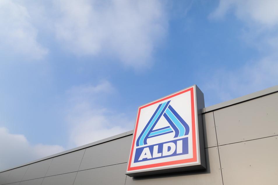 Aldi – ein Discounter, der sich alle paar Jahre neu erfindet und dabei auch Trends setzt. Ein neues Buch versucht, den Erfolg und seine Geheimnisse zu erklären.