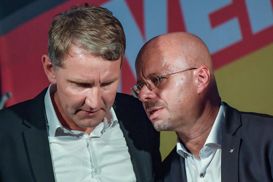 """Die """"Flügel""""-Freunde Björn Höcke und Andreas Kalbitz."""