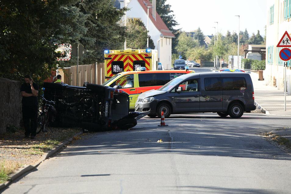 Wie im Oktober vor zwei Jahren kam es auf der Kreuzung Serkowitzer/Friedhofstraße immer wieder zu schweren Unfällen.