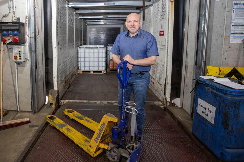 Markus Hecker (56) hat die sächsische Niederlassung des Göppinger Logistikers Wackler aufgebaut. Die Erfolgsgeschichte begann vor 30 Jahren in Dresden. Seit 2008 ist das Unternehmen in Wilsdruff tätig.