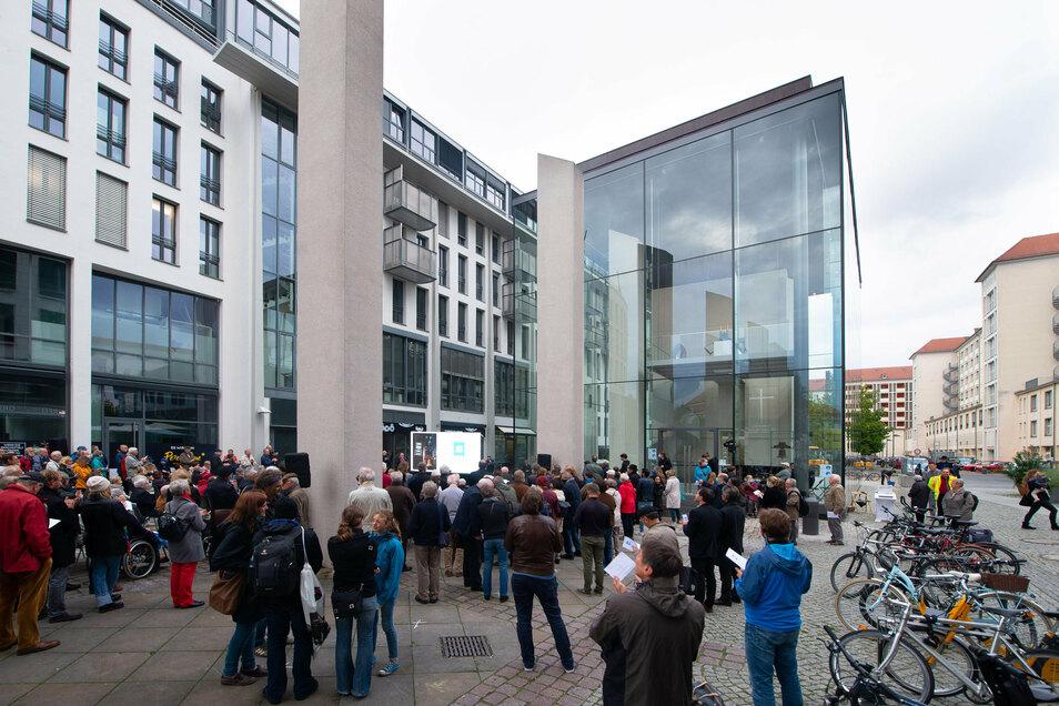 """Der """"DenkRaum Sophienkirche"""" steht am Ort der ehemaligen Sophienkirche am Postplatz"""
