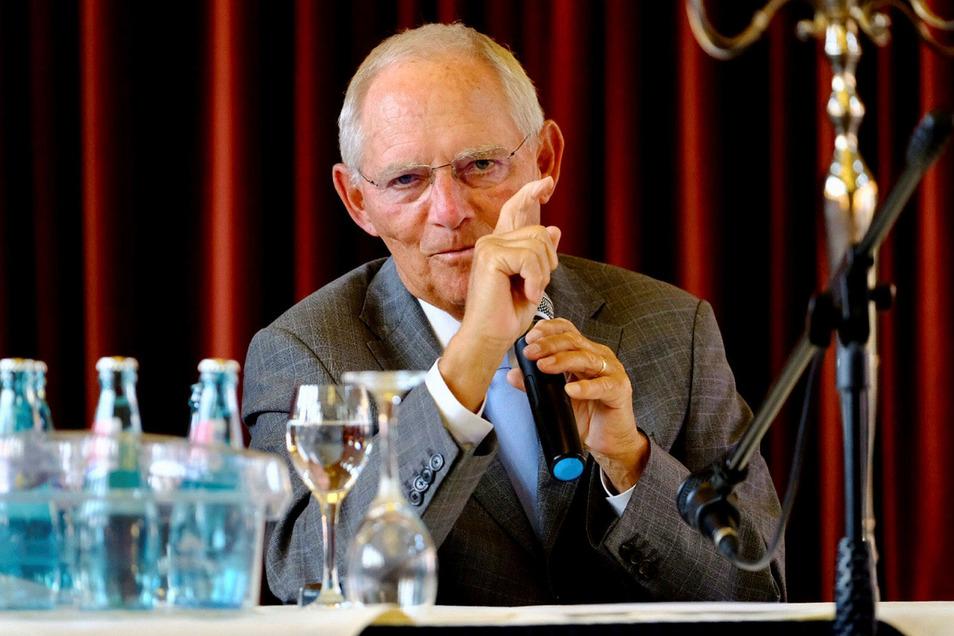 Wolfgang Schäuble referierte rund 40 Minuten im Goldenen Anker.