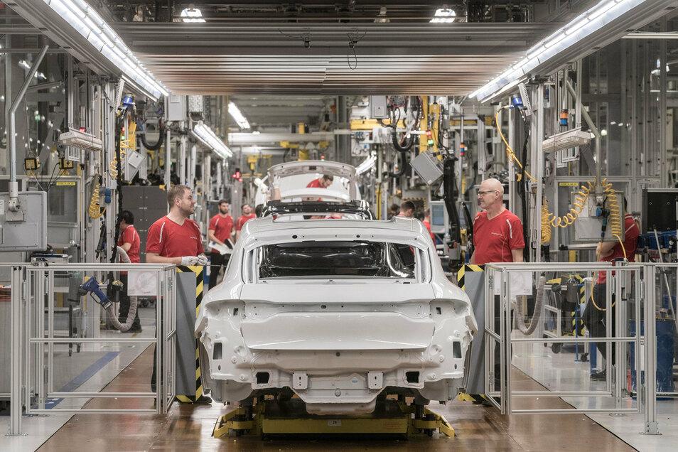 Beschäftigte im Leipziger Porsche-Werk haben ab 2025 die 35-Stunden-Woche.