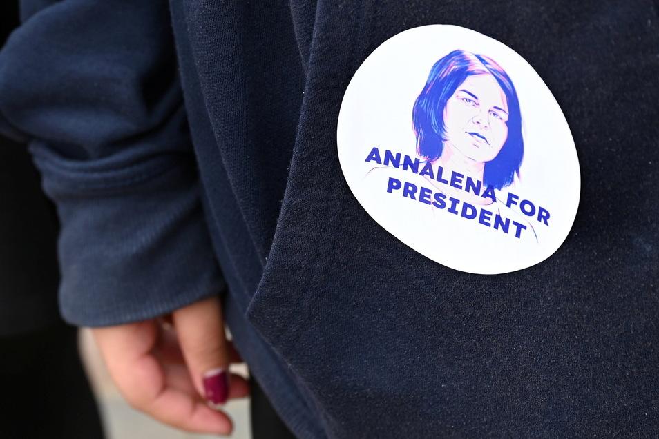 Annalena Baerbock hat im Wahlkampf Federn gelassen.