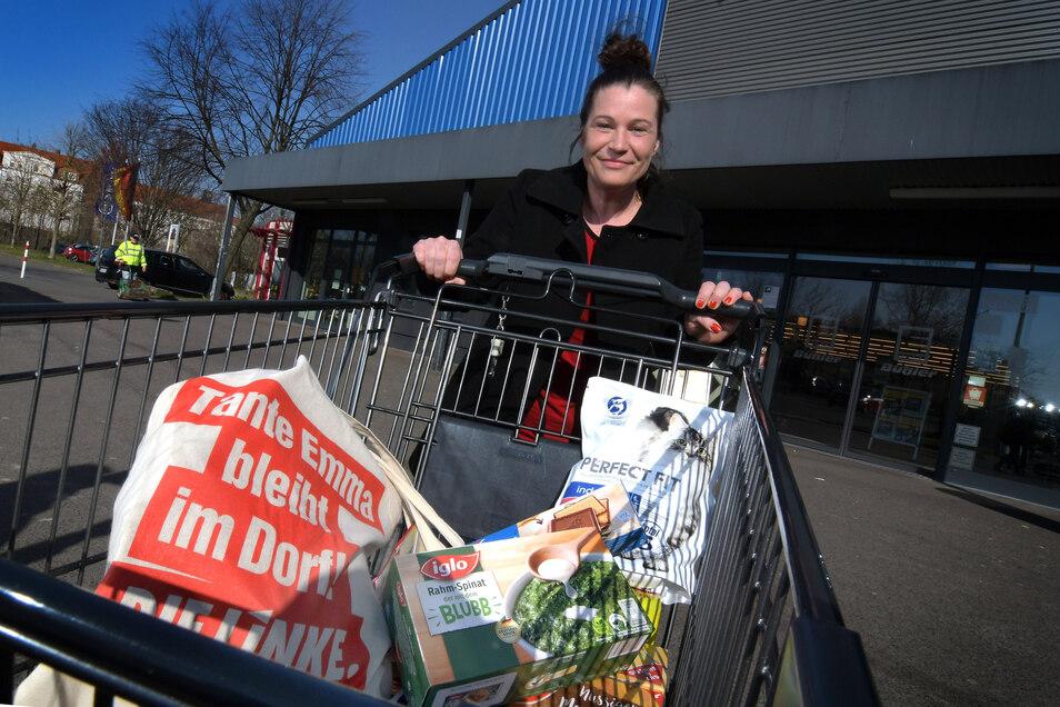 Kati Voigt geht ab sofort nicht nur für sich und ihre fünfjährige Tochter, sondern auch für Fremde einkaufen.