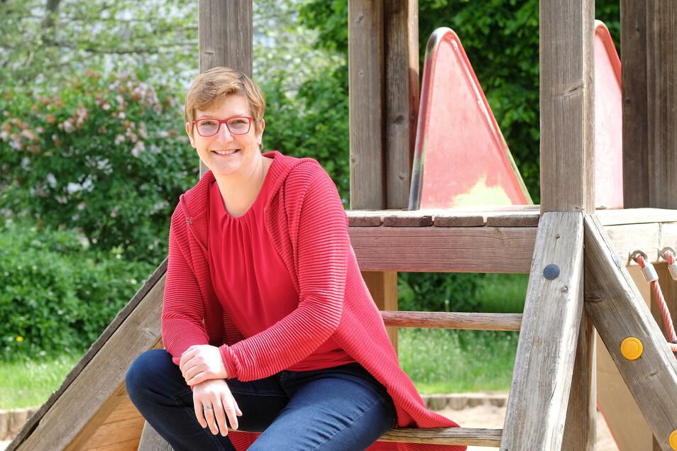 Susann Rüthrich (43) auf einem Spielplatz im Meißner Albert-Mücke-Ring: Sie kennt sich aus mit Problemen der Kinder. Seit 2013 ist sie für die SPD MItglied des Deutschen Bundestages. Im Herbst verlässt sie das Parlament.