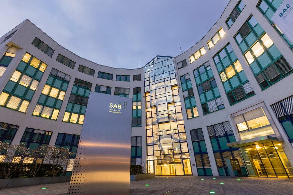 Das Gebäude der sächsischen Aufbaubank in Dresden. Hier wurden weniger Betrugsversuche unternommen als andernorts in Deutschland.