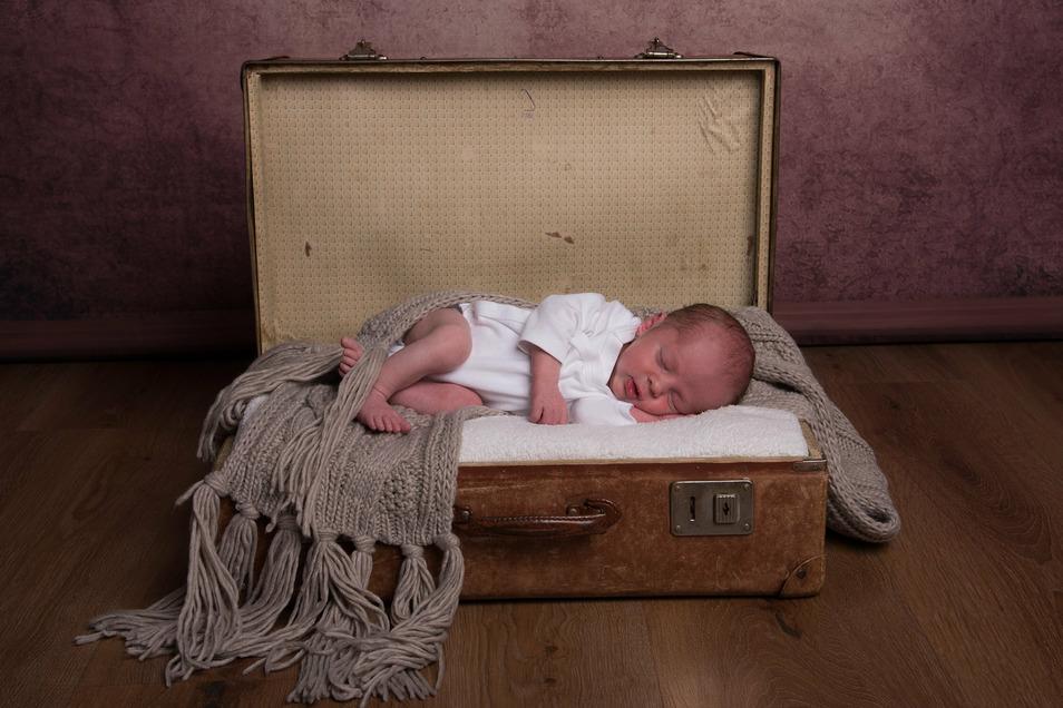 Milo Paul, geboren am11. Juli, Geburtsort: Pirna, Gewicht: 2.875 Gramm, Größe: 48 Zentimeter, Eltern: Markus Gottschlich und Monique Kunze, Wohnort: Heidenau