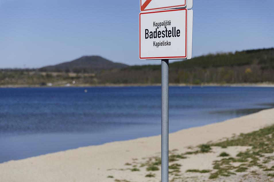 So wird der Nordoststrand am Berzdorfer See ausgeschildert.