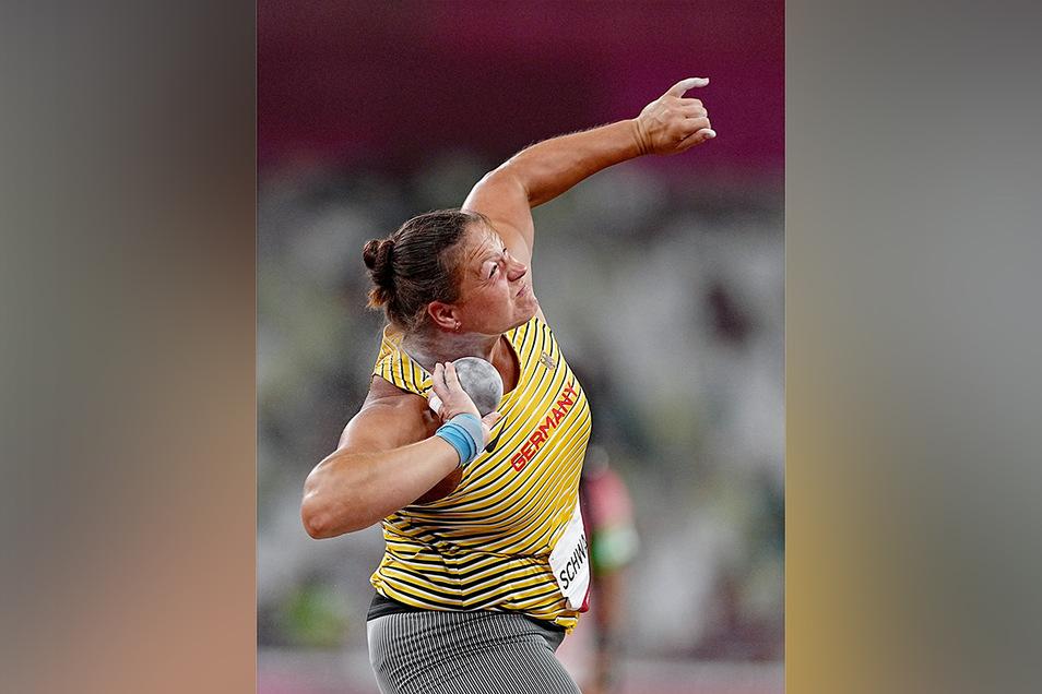 30.07.2021, Japan, Tokio: Leichtathletik: Olympia, Kugelstoßen, Frauen, Christina Schwanitz aus Deutschland. Foto: Michael Kappeler/dpa +++ dpa-Bildfunk +++ Foto: dpa