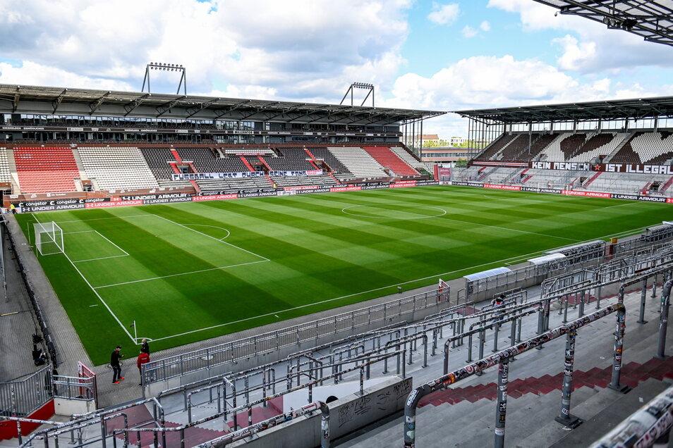 FC St. Pauli | Millerntor-Stadion | Kapazität: 29.546 | Auslastung: 8.900 | Auslastung in Prozent: 30.