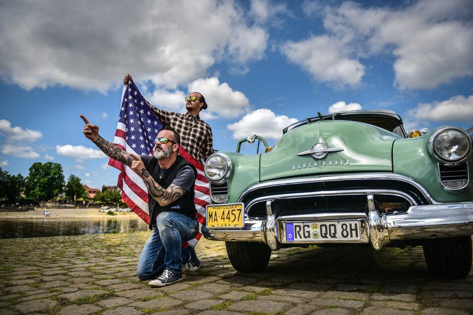 Matthias Eisenreich und Sohn Lukas Eisenreich bei der US Car Convention im vergangenen Jahr.