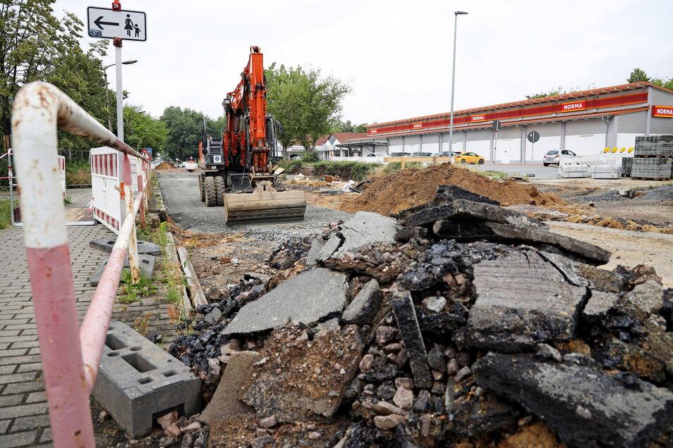 Auch wenn es nicht so aussieht: Der Norma-Supermarkt ist trotz Baustelle noch zu erreichen.