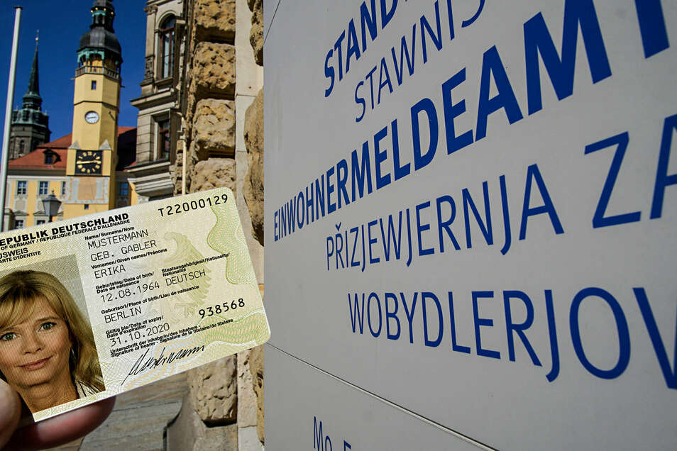 Was erwartet Frau Mustermann, wenn sie einen neuen Personalausweis braucht? In Bautzen muss sie sich zunächst einen Termin beim Einwohnermeldeamt holen. Andere Orte handhaben es ähnlich.
