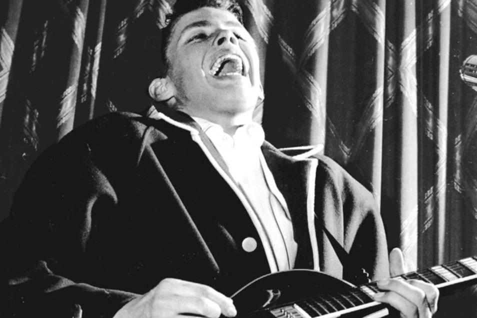 Peter Kraus, hier auf einem Foto von 1957, war in den 60er-Jahren die musikalische Inkarnation der aufkommenden Jugendrevolte, die ihren authentischen Ausdruck im Rock 'n' Roll fand.
