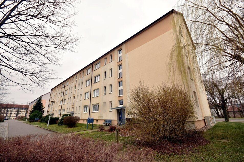 Die Bewohner der Teschenstraße 5-9 können sich auf einen neuen Fassadenanstrich ihres Hauses freuen.