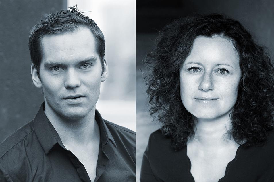 Verstanden sich ein wenig zu gut, um einen spannenden Abend im Societaetstheater zu garantieren: Jana Simon (r.) und Simon Strauß. Fotos: