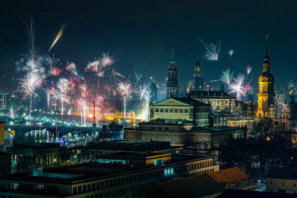 So schön wie letztes Jahr wird es in Dresden nicht aussehen: Die Stadt hat alle Feuerwerke verboten.